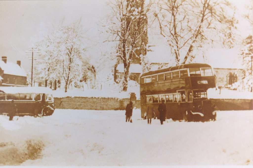 bartons-bus-in-snow-1947