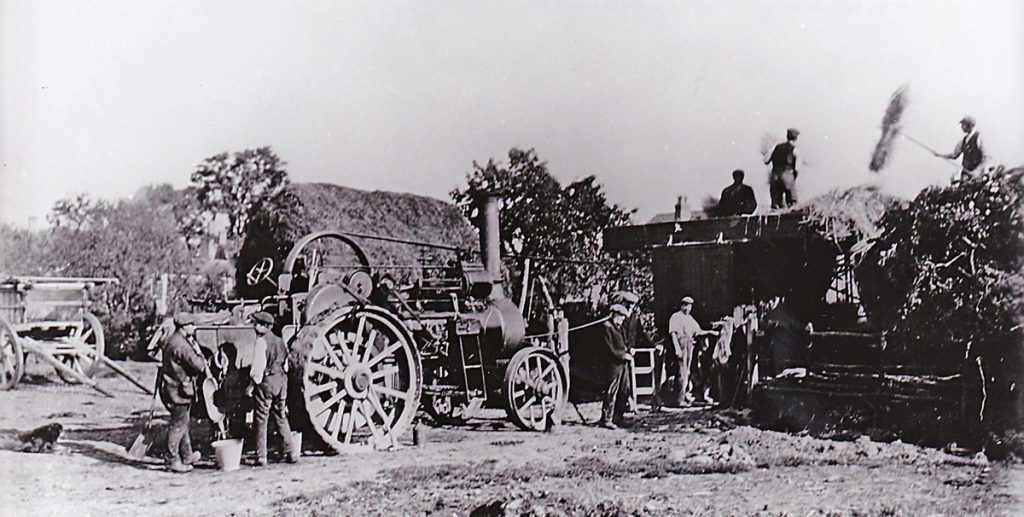 threshing-at-shaws-farm